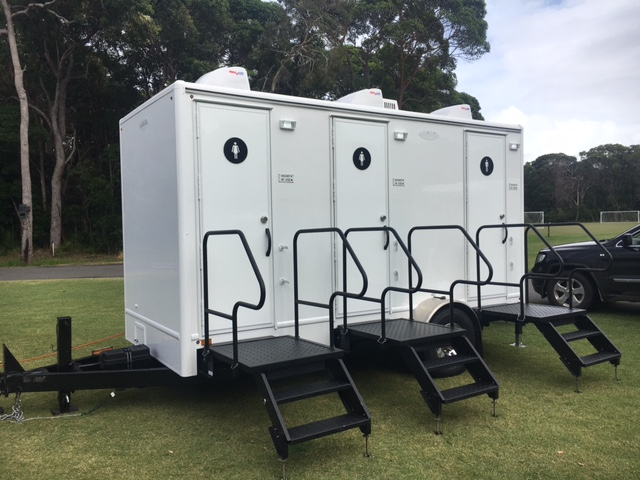 luxury toilet hire - luxury mobile toilets