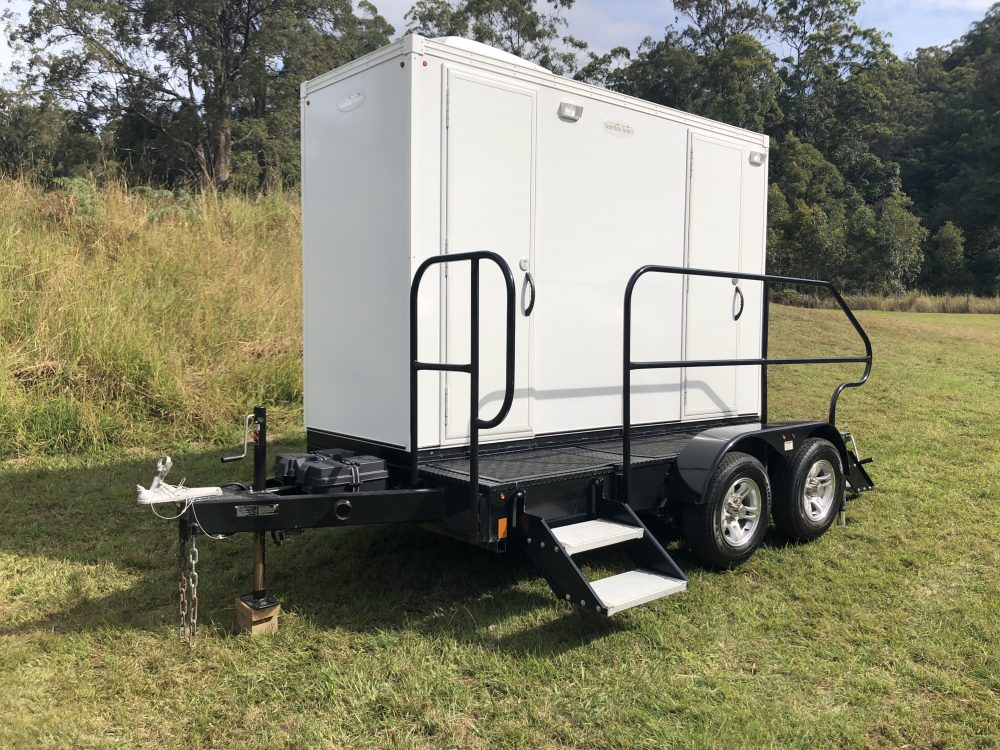 luxury mobile toilets - portable toilet hire
